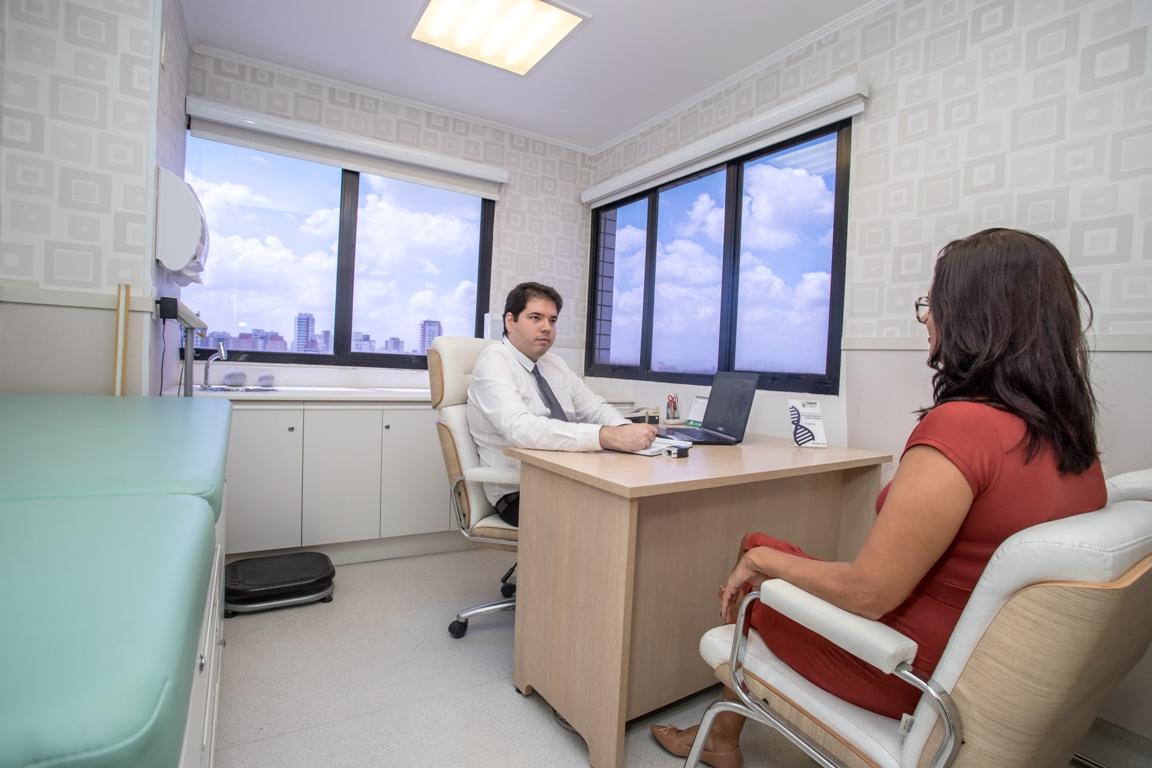 Como é uma consulta com médico geneticista?
